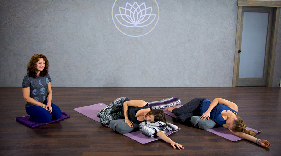 Yoga online classes : Snappy nails broomfield