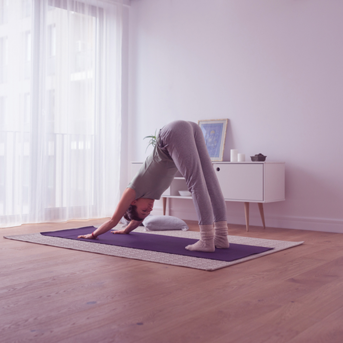 Downward Facing Dog: The Incredible Benefits (& How to Do the Pose)