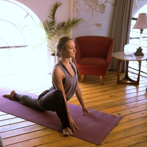 How to Create The Perfect Yoga Room for All of Your Senses