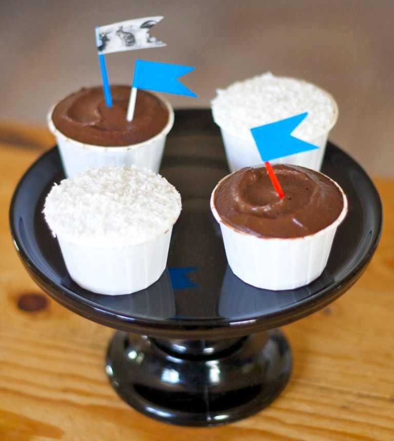 Sugar Free Banana Nut Cupcakes With Banana Cream Frosting