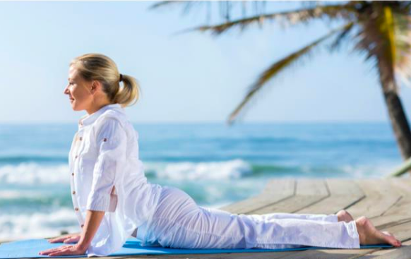 7 Reasons You Should Consider Yoga Retreats Over Regular Vacations